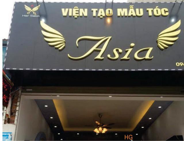 Bảng hiệu alu đen gương chữ mica nổi đèn led Tại Đà Nẵng giá rẻ Liên hệ: 0935447749 Xuân Diễm
