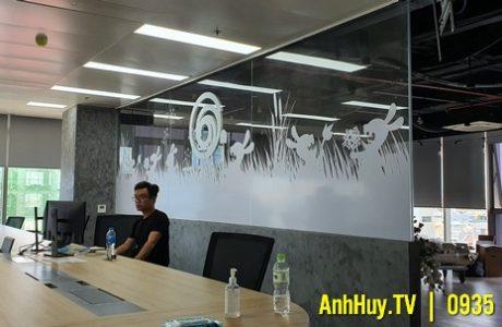 Thi Công Dán Kính Ubisoft Đà Nẵng Quảng Cáo Anh Huy TV