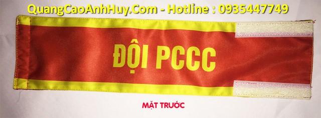 Băng rôn đeo tay bảo vệ trực ban dân phố tại Đà Nẵng